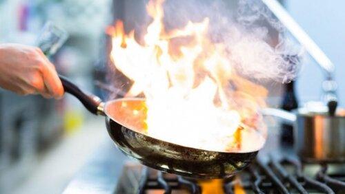 Allt om Stockholm- Så ska kocken skapa het kärlek vid spisen
